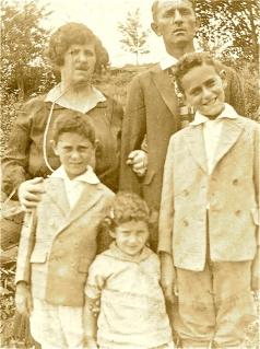 MomFamily 1920's